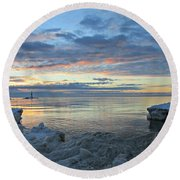 A Chilly View Round Beach Towel