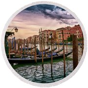 Vintage Buildings And Dramatic Sky, A Dreamlike Seascape In Venice Round Beach Towel