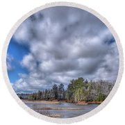 Round Beach Towel featuring the photograph A Dusting Of Snow by David Patterson