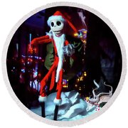 A Haunted Christmas Round Beach Towel