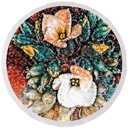 A Holiday Bouquet Round Beach Towel
