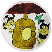 A Honey And The Bees Round Beach Towel