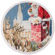 A Merry Christmas Vintage Greetings From Santa Claus And His Raindeer Round Beach Towel
