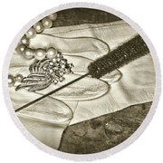 A Night On The Town Retro Style Round Beach Towel