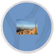 A Perfect Spot At Bryce Canyon Round Beach Towel