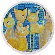 A Quorum Of Cats Round Beach Towel