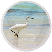 A Snowy Egret (egretta Thula) At Mahoe Round Beach Towel by John Edwards