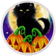 A Spooky Cat Night Round Beach Towel