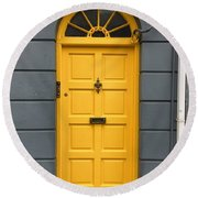 A Yellow Door In Ireland Round Beach Towel