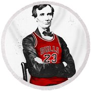 Abe Lincoln In A Bulls Jersey Round Beach Towel