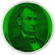 Round Beach Towel featuring the photograph Abe On The 5 Green by Rob Hans