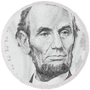 Round Beach Towel featuring the photograph Abraham Lincoln by Les Cunliffe