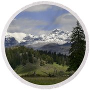 Absaroka Mts Wyoming Round Beach Towel