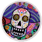Round Beach Towel featuring the painting Abstract Catrina by Pristine Cartera Turkus