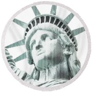 Abstract Vertical Line Of Statue Of Liberty Round Beach Towel