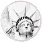 Abstract Vertical Line Statue Of Liberty Round Beach Towel