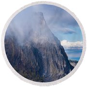 Afternoon Mists Clinging To The Rim Round Beach Towel