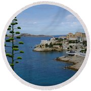 Agave At Corniche Round Beach Towel