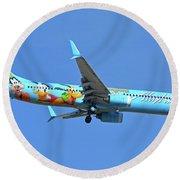 Alaska 737-990 N318as Spirit Of Disneyland Phoenix Sky Harbor November 27 2017 Round Beach Towel