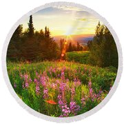 Alaska Field Round Beach Towel