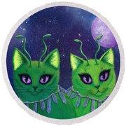 Alien Cats Round Beach Towel