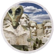 Alien Vacation - Mount Rushmore Round Beach Towel by Mike McGlothlen