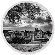 Alnwick Castle And Fallow Deer Round Beach Towel
