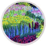 Amaranth In The Gardens At Hollandia Round Beach Towel