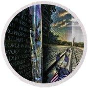 An Early Morning Look At Vietnam Veterans Memorial Round Beach Towel