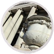 An Urn At The Carnegie Institution For Science In Washington Round Beach Towel