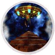 Ancient Aliens, Ufo In Egypt Round Beach Towel