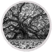 Angel Oak Tree In B And W Round Beach Towel by John McGraw