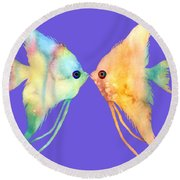 Angelfish Kissing Round Beach Towel