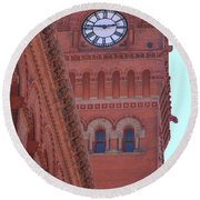 Angled View Of Clocktower At Dearborn Station Chicago Round Beach Towel