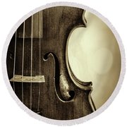 Antique Violin 1732.34 Round Beach Towel