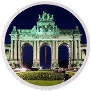 Arcade Du Cinquantenaire At Night - Brussels Round Beach Towel