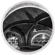 Arched In Black And White Round Beach Towel
