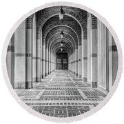 Arched Walkway Round Beach Towel