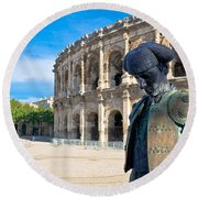 Arenes De Nimes Bullfighter Round Beach Towel
