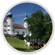Artstetten Castle In June Round Beach Towel