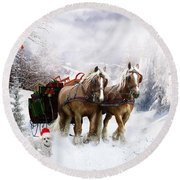 A Christmas Wish Round Beach Towel