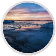Round Beach Towel featuring the photograph Break Up by Bill Kesler