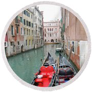 Gondola Love Round Beach Towel