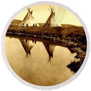 At The Waters Edge 1910 Round Beach Towel