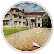 Athelhamptom Manor House Round Beach Towel