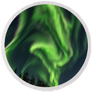 Aurora Borealis In Fairbanks Alaska Round Beach Towel