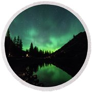 Aurora On Moraine Lake Round Beach Towel