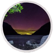 Aurora Over Lake Willoughby Round Beach Towel