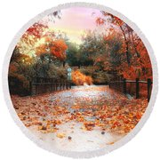 Autumn In Discovery Lake Round Beach Towel