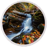 Autumn In The Catskills Round Beach Towel
